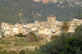 Freno al nuevo plan urbanístico d'Estellencs para que los vecinos opinen al respecto