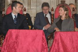 El juez imputa al secretario de las Infantas y le interrogará el 23 de febrero