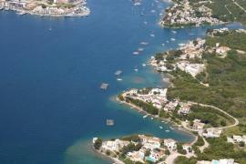 Vista del puerto de Maó en Menorca