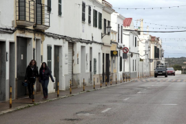 Calle de Sant Climent, pueblo de Menorca