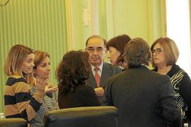 El Govern da por hecho que Fomento no fijará topes a los descuentos pero la oposición desconfía
