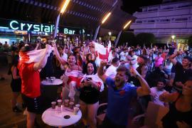 La alegría se desata en Magaluf entre los turistas ingleses