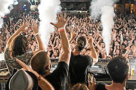 Las grandes discotecas de las Islas se plantean no abrir hasta el próximo verano