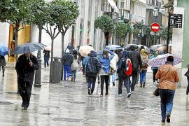 Emergencias activa la alerta por fuerte temporal en Balears