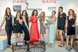 Rocío Isabel Yboleón junto a su equipo KARE Mallorca.
