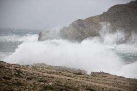 Un temporal de viento y nieve afectará a la península y Baleares a partir de esta tarde