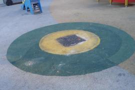 El Ayuntamiento castiga a los niños de la Plaza Santa Isabel