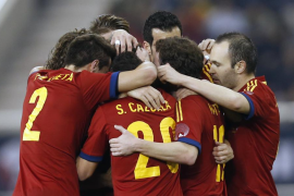 Pedro lidera una España infalible  (3-1)