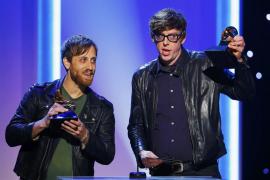 """""""Babel"""" es el disco del año en unos Grammy dominados por The Black Keys"""