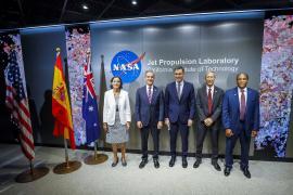 Sánchez promociona en la NASA la tecnología aeroespacial española
