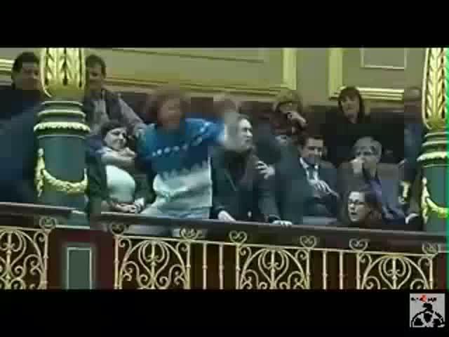El PP rectifica y apoyará la Iniciativa Legislativa Popular sobre la dación en pago