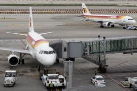 Los sindicatos amenazan con paralizar el «handling» de Iberia en los días de huelga