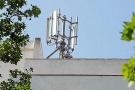 Expedientadas ocho antenas de telefonía móvil de las 277 que hay en Palma