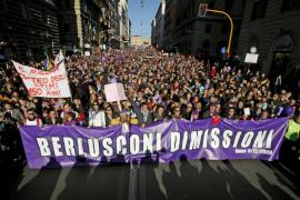 Medio millón de personas se manifiestan contra Berlusconi