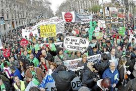 Miles de personas exigen el derecho a la vivienda en 50 ciudades