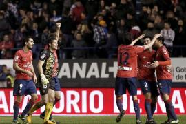 Osasuna continúa su escalada en la tabla con un gol de Kike Sola