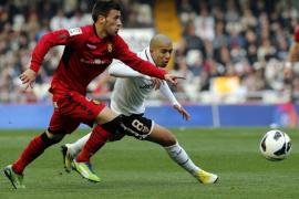Alves deja al Mallorca al borde del abismo