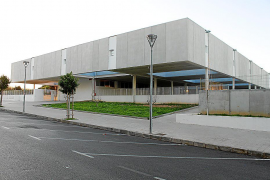 Los padres del colegio Miquel Duran i Saurina se citan para arreglar el centro