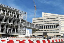 Cort cambia el uso del solar del Palacio de Congresos a sociocultural