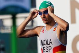 Mario Mola acaba décimo en la prueba de triatlón