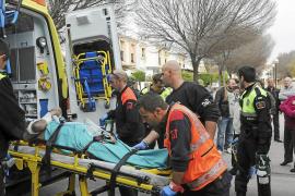 Un hombre es rescatado en estado crítico tras incendiarse su casa en Son Ferrer