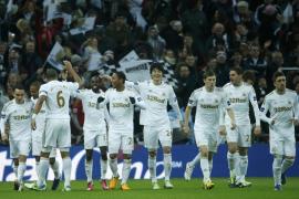 El 'Spanish' Swansea conquista la Copa de la Liga tras ganar al Bradford