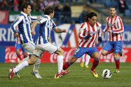 El Atlético reafirma su fortaleza en inferioridad numérica 45 minutos