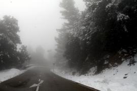 Reabiertas las tres carreteras de la Serra cortadas por la nieve