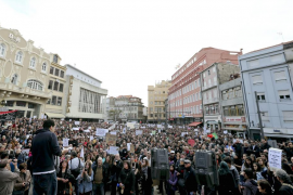 Cientos de miles de portugueses abren la marcha contra la 'troika'