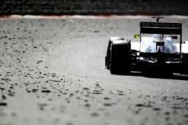 Rosberg confirma que en Mercedes van lanzados, igual que el Ferrari de Alonso