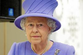 La reina Isabel II de Inglaterra, hospitalizada por gastroenteritis