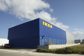 Ikea suspende la venta de tarta de chocolate tras encontrar bacterias fecales en China