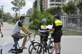 Tráfico pretende que los ciclistas lleven casco también en ciudad