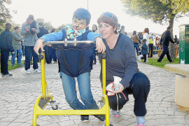 Cala d'Or muestra su lado más solidario y se vuelca con la campaña «Camina con Miguel»