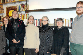 Paz Alcoverro presenta su Biblioteca de Género