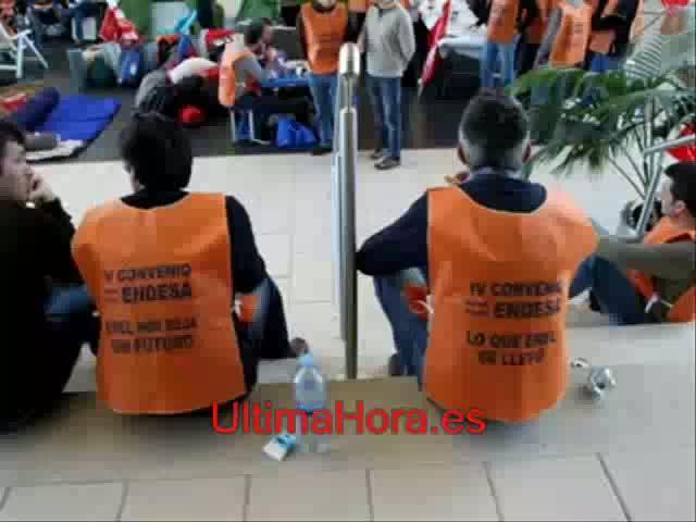 Encierro sindical en Endesa para desbloquear el convenio colectivo