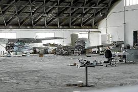 AENA desahucia del hangar 1 de Son Bonet al Real Aeroclub de Balears