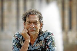 Agustí Villaronga: «Lo que pasa ahora en Cuba también es un naufragio, la gente se está ahogando»