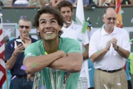 Un heroico Nadal reacciona y suma su tercera corona en Indian Wells