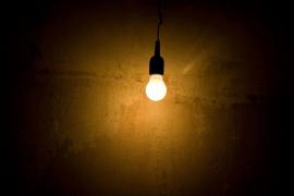 La luz bajará un 6,7 por ciento en abril
