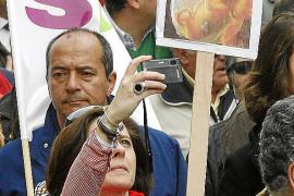 El PP impulsa por ley una red de entidades contrarias al aborto
