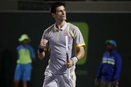 Djokovic arrolla a Rosol y  Sharapova hace lo propio con Bouchard