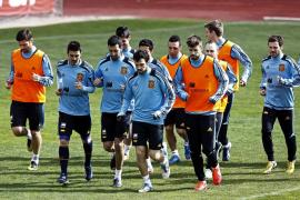 Monreal, Xavi, Xabi Alonso y Pedro se perfilan como las novedades