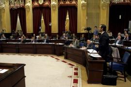 Los impuestos, el Presupuesto y los recortes centrarán el pleno del Parlament