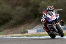 Lorenzo, por detrás de Rossi en la segunda jornada de test en Jerez