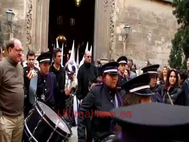 La procesión de Ramos congregó mucho público y  muchos cofrades en Palma