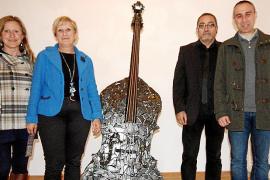 Toni de la Mata presenta su obra en la Casa de Cultura de Felanitx