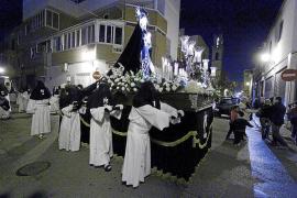 Un Miércoles Santo marcado por la tradición y siete desfiles procesionales