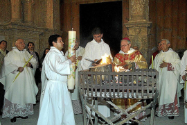 Tradicional Vigilia Pascual en la Seu