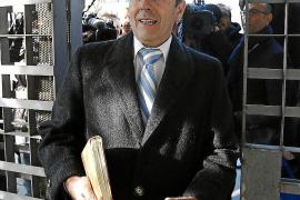 El abogado de Saiz apunta al Illes Balears